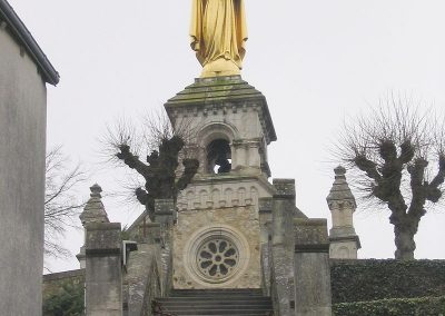 Argenton-sur-Creuse_(36)_-_Statue-wikipedia